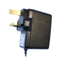 Pama UK mains travel charger to suit Motorola V3 / mini USB